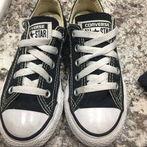 Black and white Converse 👣